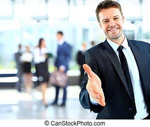 succesvolle , geven, zakenman, verticaal, hand