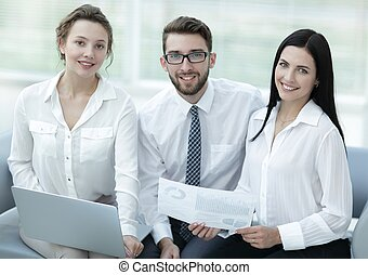 succesvolle , verticaal, jonge, handel team