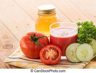 succo pomodoro, ingredienti, vetro, miscelare, cetriolo, fresco