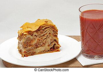 succo pomodoro, lasagna, vetro