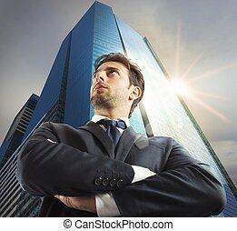 sucedido, homem negócios, cidade
