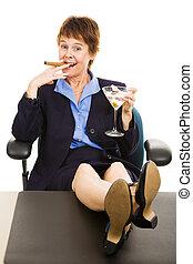 sucedido, mulher negócio, relaxado