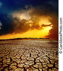 suchy, na, dramatyczny, zachód słońca, ziemia, pęknięty