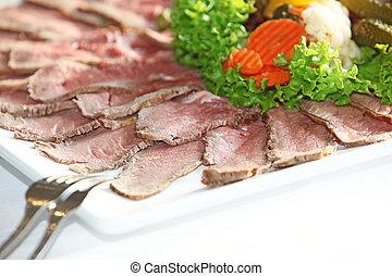 suculento, frío, raro, cortar, carne de vaca