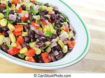 sudoeste, feijão preto, salada