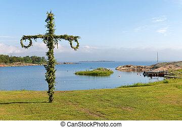 sueco, archipiélago, maypole, plano de fondo