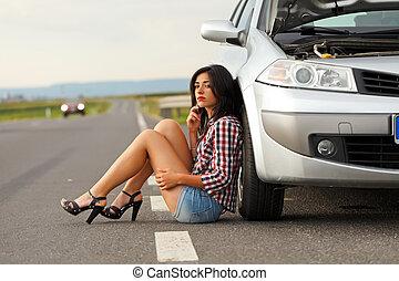 suelo, coche, roto, mujer se sentar