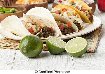 suelo,  Tacos, carne de vaca, cales