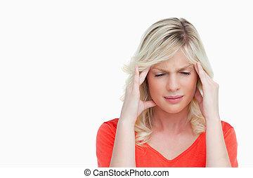 sufrimiento, mujer, joven, dolor de cabeza