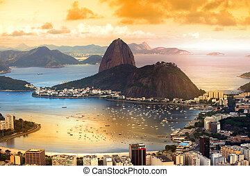 Sugar loaf - Rio De Janeiro, Brazil in twilight