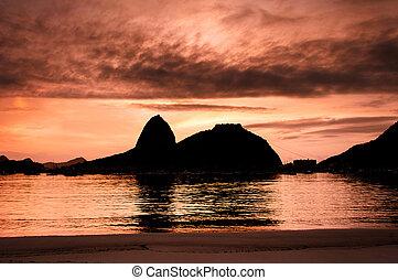 Sugarloaf Mountain by Sunrise - Botafogo Beach and Sugarloaf...