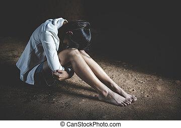 suicide., plancher, séance, concept, violence, dépression, dépression, terrestre, pleurer, famille, déprimé, cuisine, problèmes domestiques, femmes, abus, femme