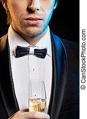sujeito, champanhe, bebendo, jovem, bonito