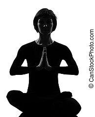 sukhasana, meditazione, donna, posa yoga