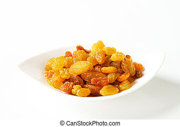 Sultana raisins in a small bowl