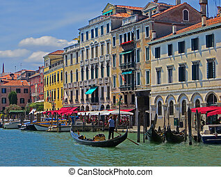 Summer Along the Grand Canal - A summer afternoon along the ...