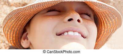 summer beach child face close up