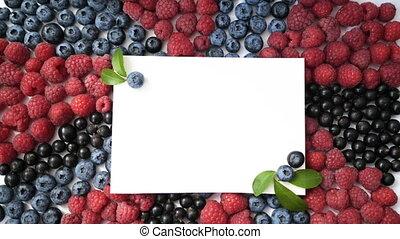 Summer blueberry, raspberries and currant heart frame detox ...