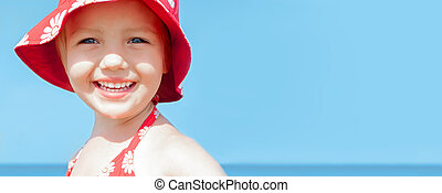summer bunner child girl happy smile sea holidays
