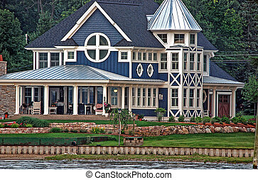 Summer Cottage - Lavish summer cottage on the lake.