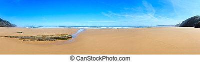 Summer sandy beach panorama (Portugal). - Summer sandy beach...