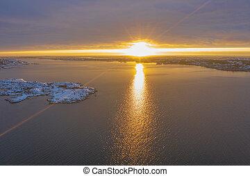 Sun beams at the sea
