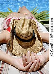 sunbather, biknini