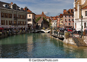 Lake Annecy embankment on a bright sunny noon