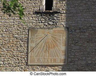 Sundial, sun, Lapopie