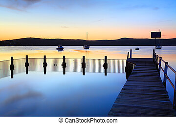 sundown, bayou, piscina, azul, reflexões, yattalunga