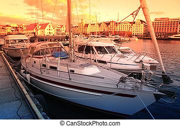 Sundown in Bergen