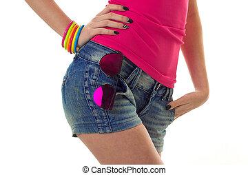 sunglasses, samica, szorty, dżinsy, odizolowany, do góry, tło, zamknięcie, sexy, biały, biodra
