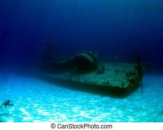 Sunken Destroyer MVP Tibbetts - Diver explores the sunken...