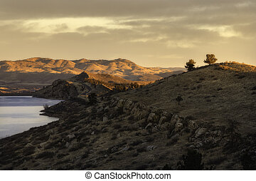 Sunlight on The Hills of Horsetooth Reservoir - Wonderful ...