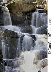 sunlit, cachoeira