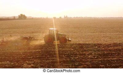 sunlit., labourer, champ, tracteur