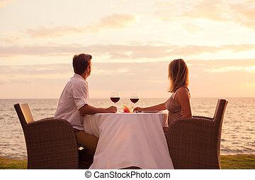 sunnset, cena, el gozar, pareja, romántico