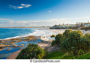 Sunny day at Kings Beach Calundra, Queensland, Australia -...