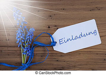 Sunny Srping Grape Hyacinth, Label, Einladung Means...