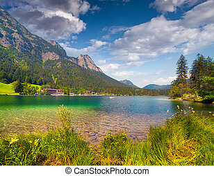 Sunny summer morning on the Hintersee lake