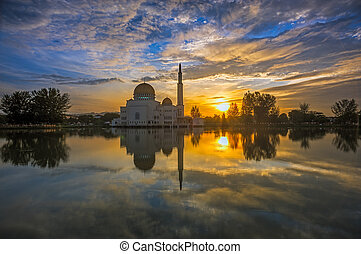 Sunrise at As Salam Mosque