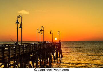 Sunrise at Daytona Pier