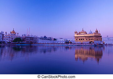 Sunrise at Golden Temple