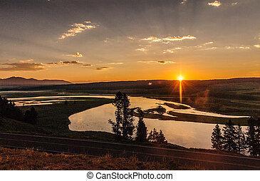 Sunrise at Hayden Valley, Yellowstone National Park