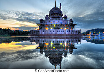 Sunrise at Putra Mosque
