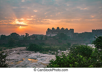 Sunrise from Orchha fort