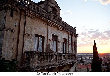 Sunrise in the city of Astorga