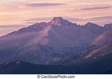 Sunrise on Longs Peak , Rocky Mountain Natinal Park, Colorado