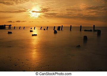 Sunrise on the Delaware Bay
