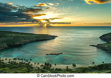 Hanauma Bay - Sunrise over Hanauma Bay on Oahu, Hawaii